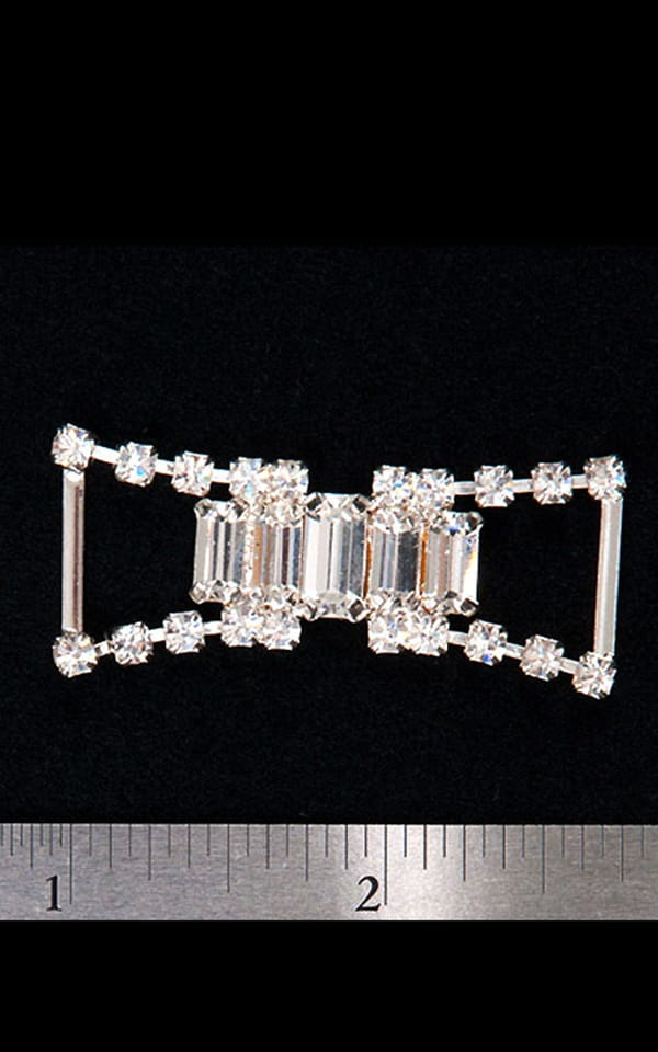 Big Stone rhinestone center piece -  string connector (single) 1