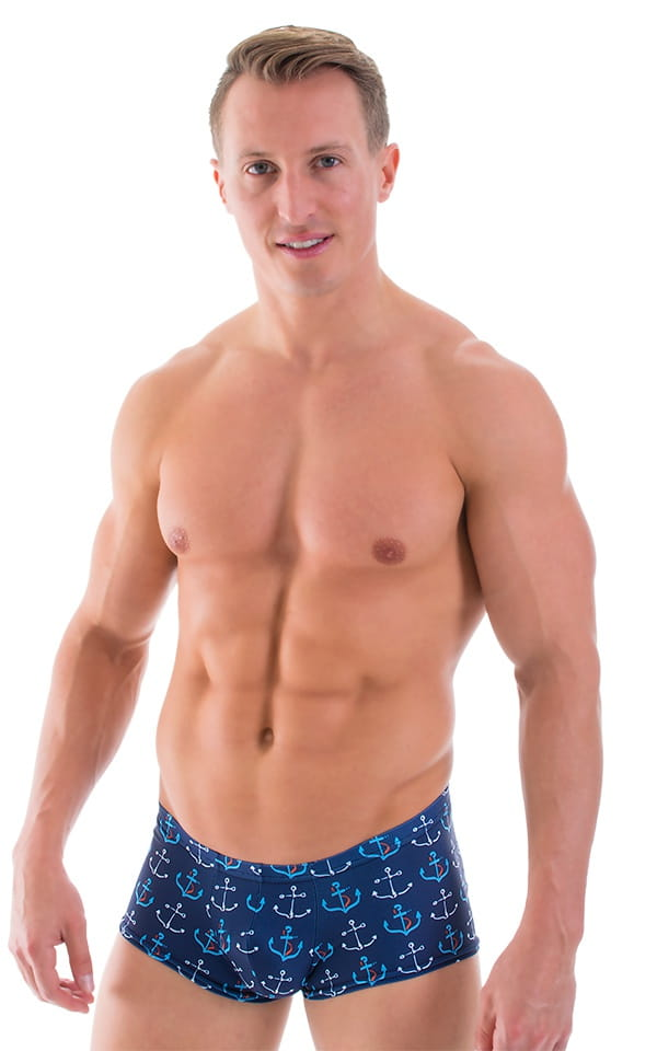 The square cut or square leg style suit is a form-fitting male swimsuit used as a slightly less revealing style than swim briefs for water polo and diving, or for recreational wear. Like swim briefs, they are made of a nylon and spandex blend.