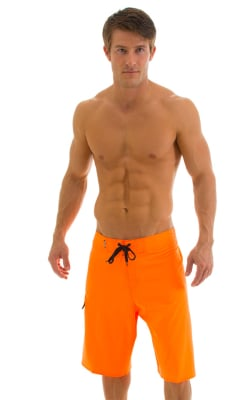 Stretch Physique Boardshorts Surfer Baggies in Neon Orange