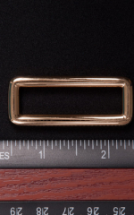 Gold 1.75 inch strap connector 1